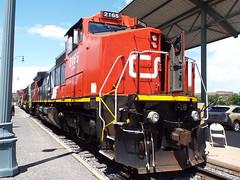 CN C40-8W 2165