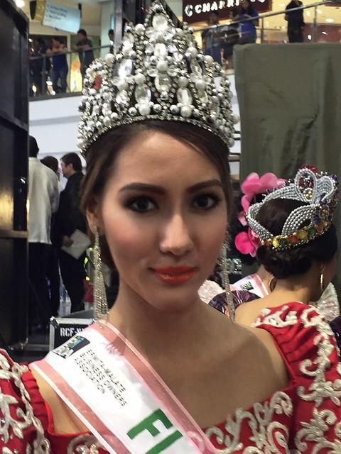 Filipina Model 3