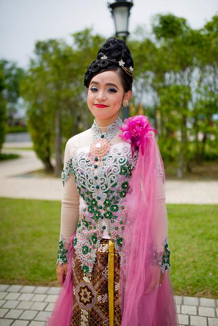 インドネシアの伝統的な衣装
