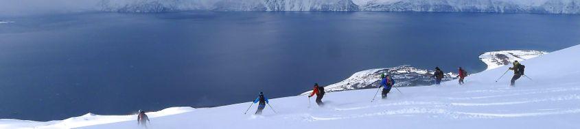 Skitouren Norwegen mit Schiff/Boot Lyngenalps. Foto: Günther Härter..
