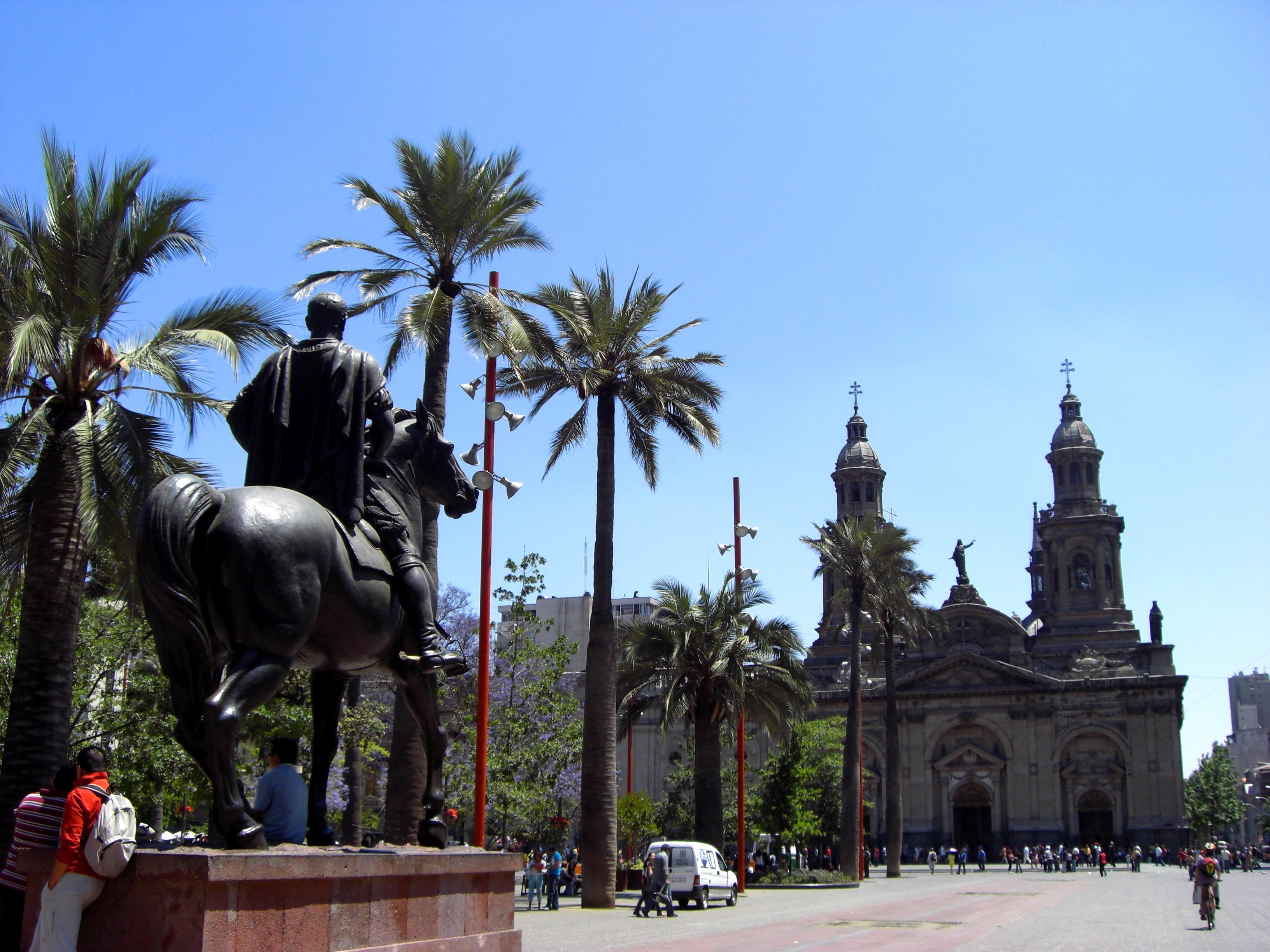 Catedral y Plaza de Armas de Santiago de Chile. Autor, Poco a Poco