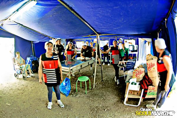 La cocina MESONES 2013 - MARGYJP - Campamento Mesones - Jesús Guadix Miró -_