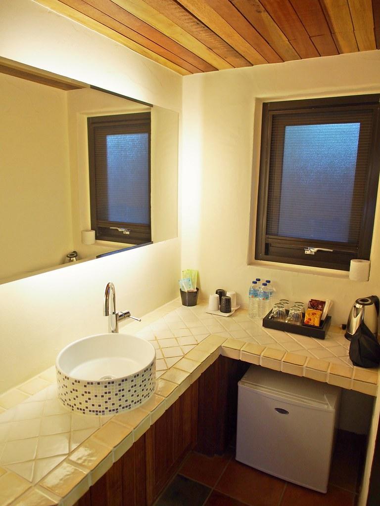 小屋四人房洗手台P8201005