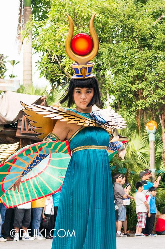 Universal Studios Singapore - Hollywood Dreams Parade - Ancient Egypt - Scarab Princess