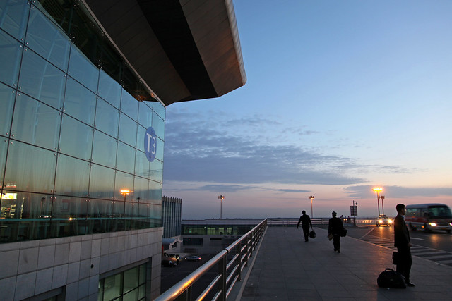Urumqi international airport terminal 3 in the morning ウルムチ国際空港第3ターミナル