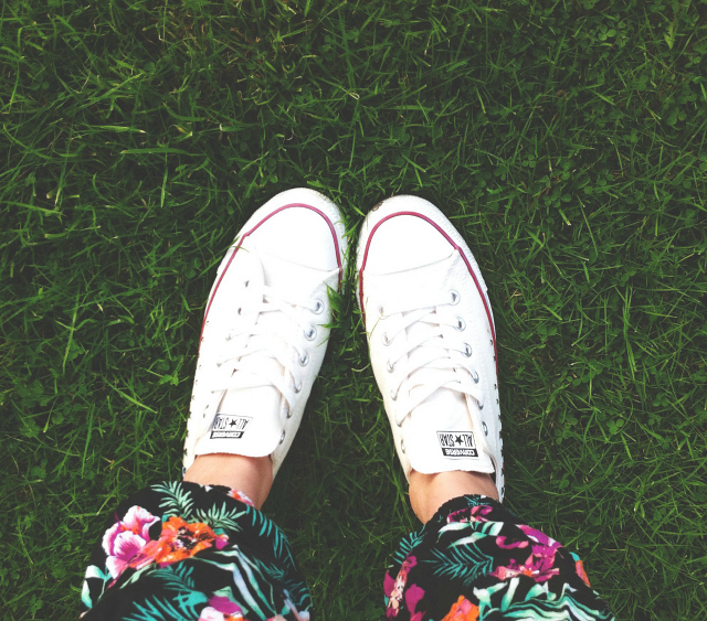 1 vivatramp uk lifestyle blog converse bank fashion review ootd travel