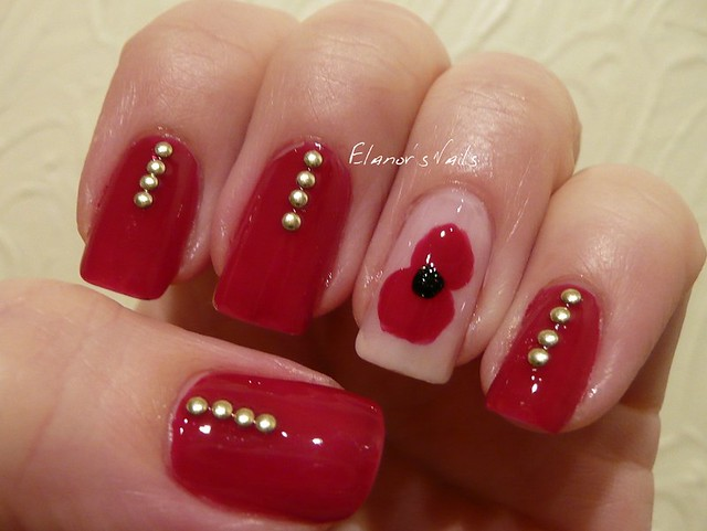 remembrance day nails 2
