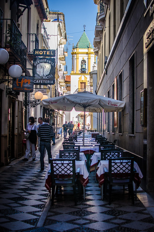 There are plenty of restaurants in Ronda.