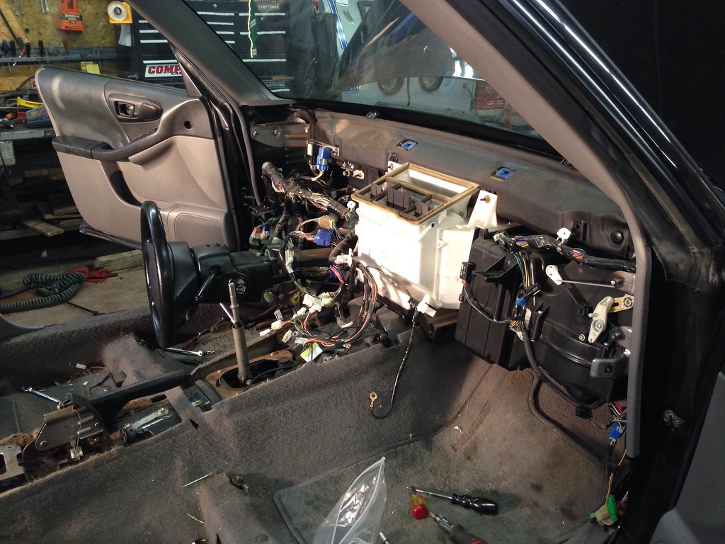 98 00 1998 Subaru Forester Wrx Build Owners Forum 2004 Wiring Harness Then I Took To The Dash And Pulled While He Out Rear Suspension We Are Definitely Making Progress Now On Pictures