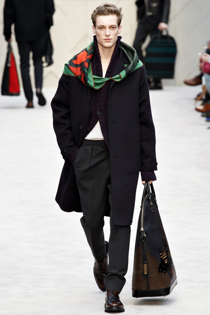 FW14 London Burberry Prorsum020_Tommaso de Benedictis(VOGUE)