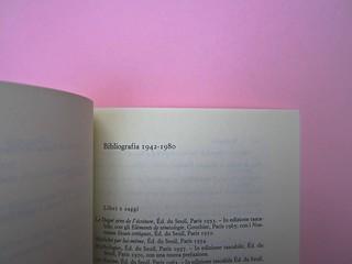 Roland Barthes, Variazioni sulla scrittura. Einaudi 1999. [Responsabilità grafica non indicata]. Bibliografia dell'autore: pag. 1 (part.), 139