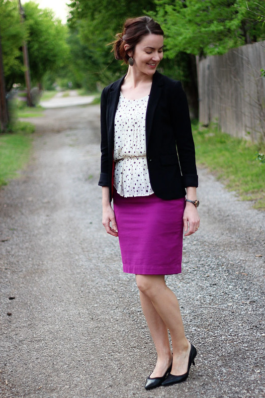 pinkpencilskirt-polkadots-blazer-1