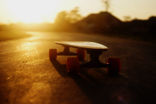 cruise sunset sun sunrise dof adventure explore trail arbor longboard boarding gullwing venom caliber susnet longboarding bustin