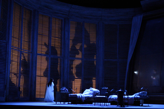 Act III of La traviata, The Royal Opera © Catherine Ashmore