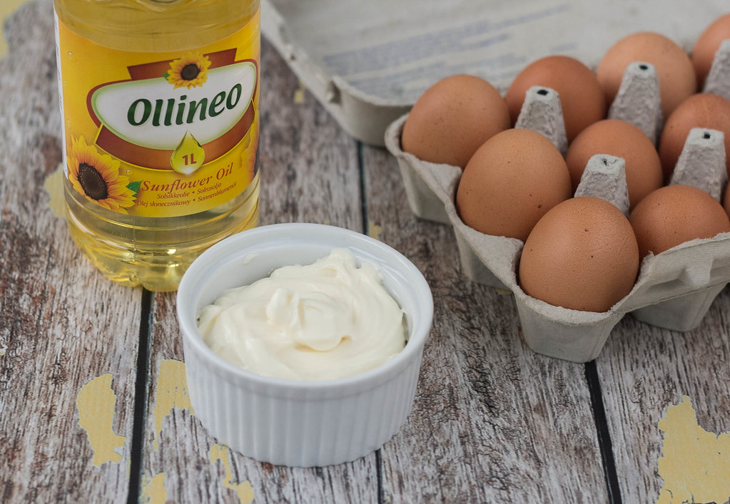 Recipe for easy homemade Mayonnaise