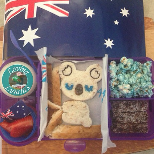 Loving packing our first school lunch for the year… I couldn't help but go with an #AustraliaDay theme 😃🐨. With @cutezcute @smashenterprises #nudefoodmovers @kambrookau #FlutterButterPopcornMaker