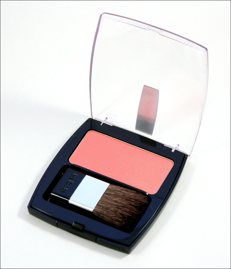 IsaDora Perfect peach Perfect powder blusher1