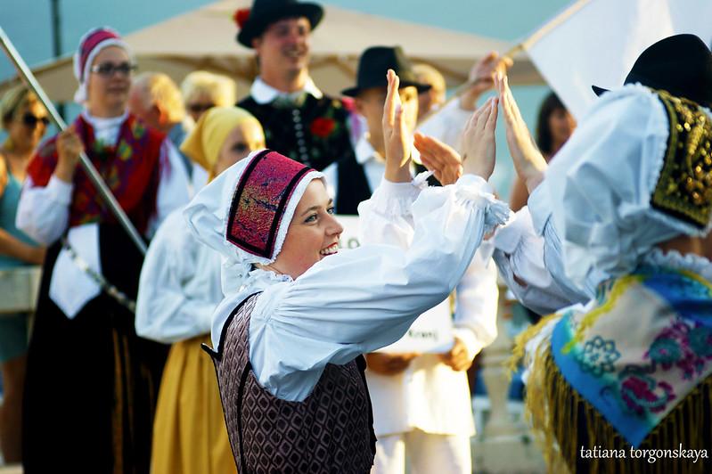 "Танец словенцев (группа ""Iskraemeco"", г. Крань)"