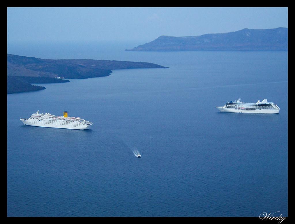 Crucero por el Mediterráneo - Nuestro crucero en la caldera de Santorini