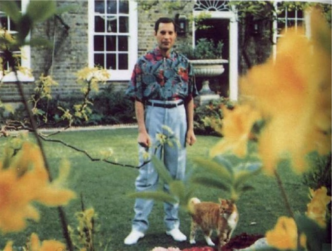 Last known photo of Freddie Mercury - 1991