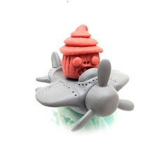 Coming soon... More flying cupcake keshi madness from @jmrampage!