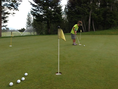2013-07-04 golfing with z - 05