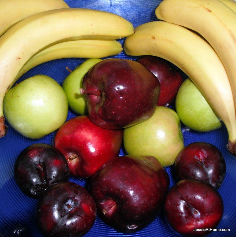 happy-pretty-fruit-bowl
