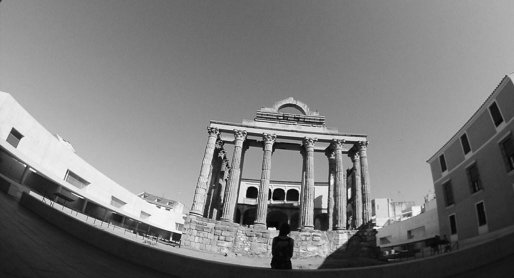 Templo de Diana_reharq_Mérida_patrimonio