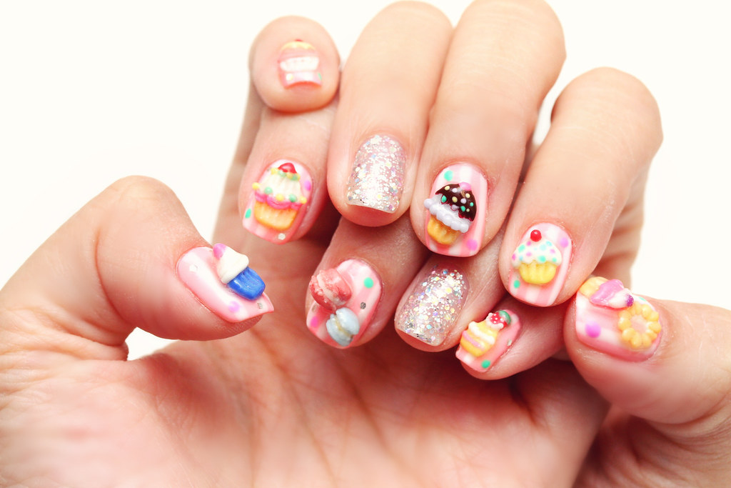 Pandan Coconut Cupcakes: Cupcake Nails