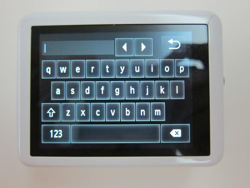Canon PowerShot N - Keyboard