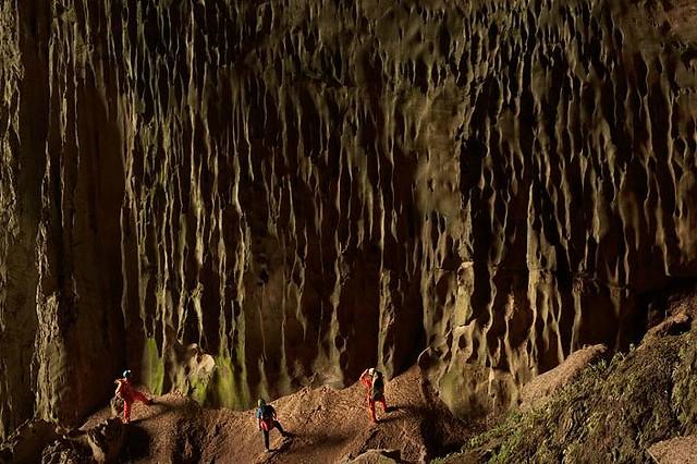 Hang Son Doong Cave, Vietnam-5