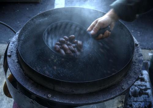 black hot raw fav50 chestnuts shake roastedchestnuts hdr photomatix 1xp nex6 selp1650