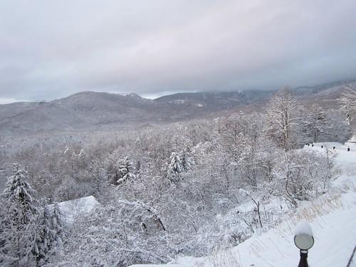 蓼科高原と八子ヶ峰の雪化粧 2013年12月20日16:33 by Poran111