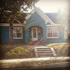 This house, b e a u t y. #house #color #inlove #t4l #l4l #followback #followme  #igers #housedesign #relaxing #vintage