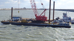 crane vessel (floating), vehicle, freight transport, sea, dredging, channel, watercraft, boat,