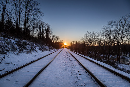train sunrise day clear wc largerthanlife pwwinter scenicva rvacycle rvaf toastbest rvacal