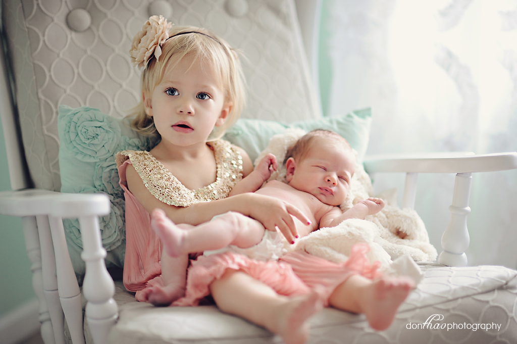 Rockford, Michigan newborn and family photographer