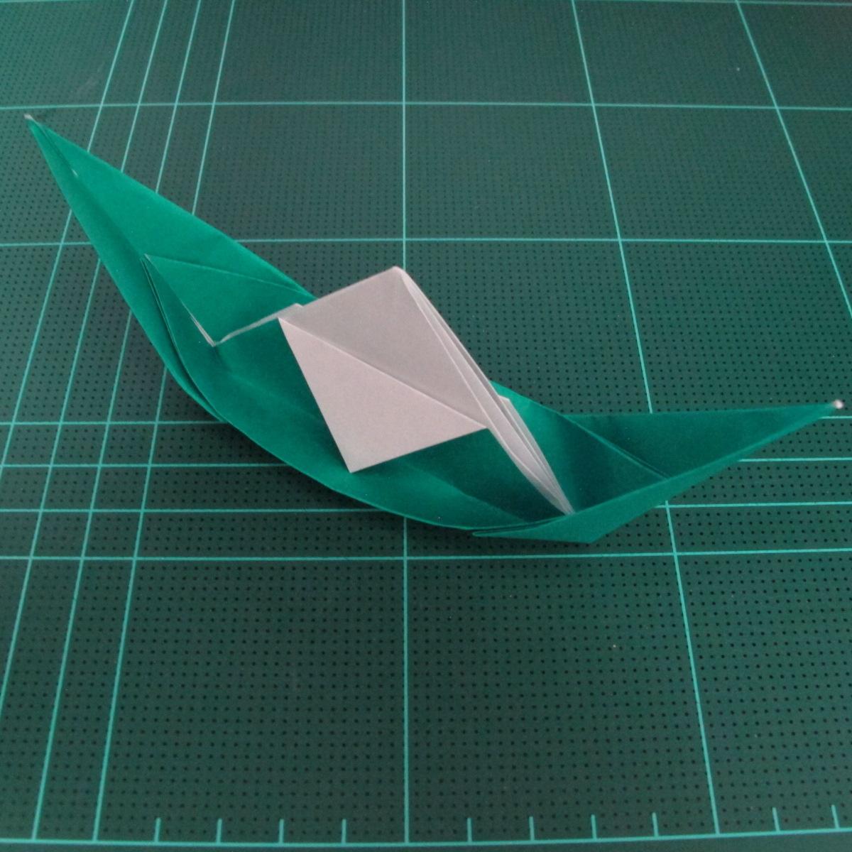 การพับกระดาษเป็นรูปเรือมังกร (Origami Dragon Boat) 025