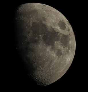 tonights moon 10.03.14, inner city urban astrophotography