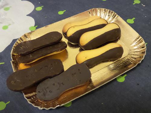 Dolce biscotti, dopo cena by Ylbert Durishti