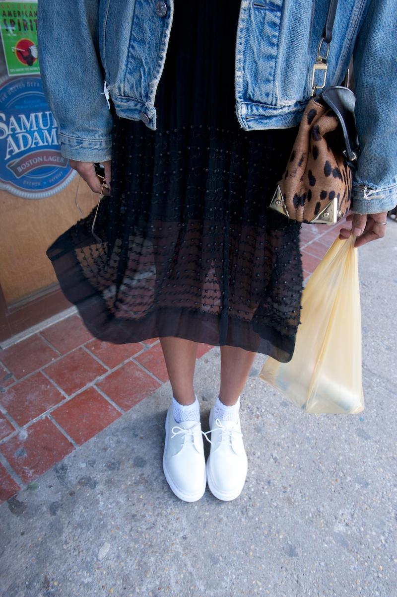 white dr marten shoes