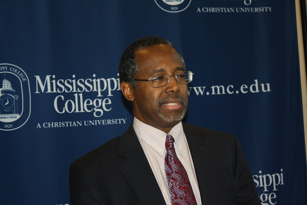 Dr  Ben Carson Visits MC | Retired neurosurgeon and author D