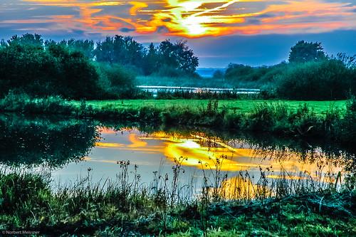 sunset germany deutschland sonnenuntergang nikond70 worpswede nationalgeographic norddeutschland niedersachsen lowersaxony northerngermany teufelsmoor neuhelgoland