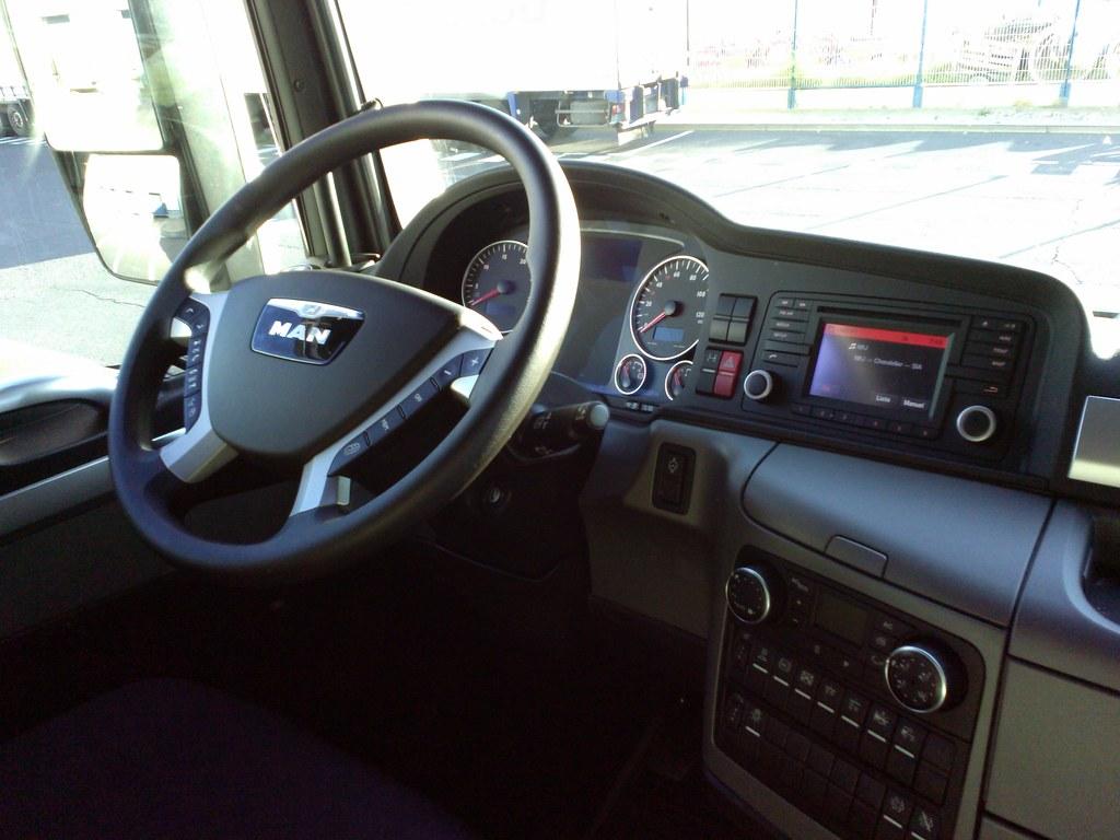 interieur cabine tgx 28 images tgx 18 440 xlx cabine xl tgx dans le transport courrier