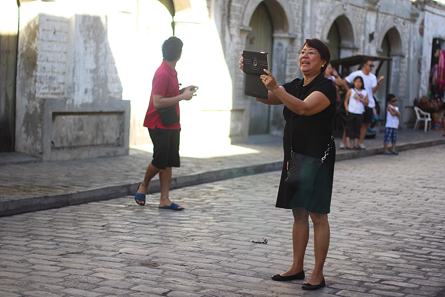 Vigan-tourists_08