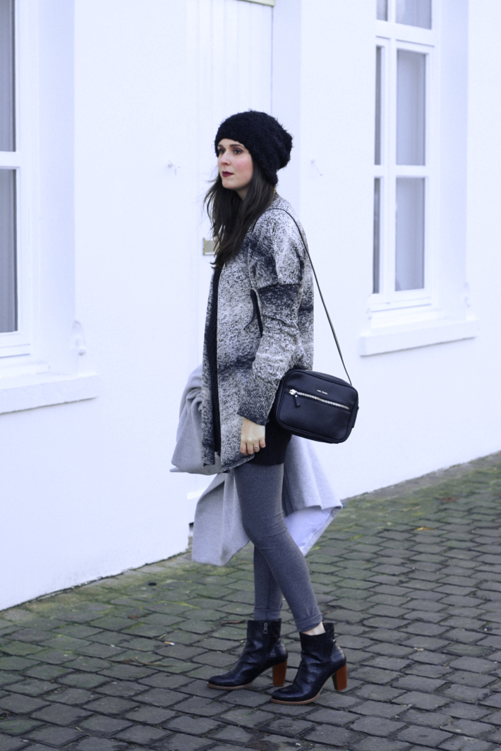 winter outfit: grey and black layers