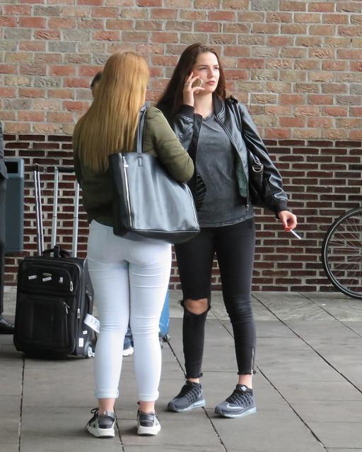 Breda Station smoking