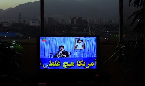 《伊朗全面噤聲》