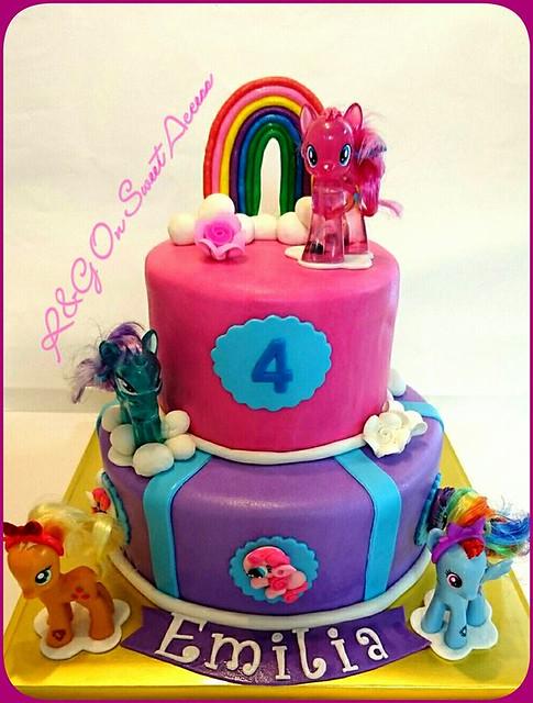 Savanah SJ's Cake
