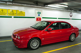Ma Jaguar X-Type dans le ferry, direction l'Angleterre !